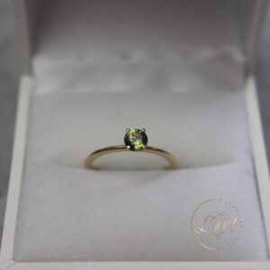 14ct Yellow Gold Parti Sapphire Tapered Ring